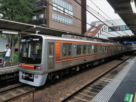 大阪メトロ 堺筋線 66系 電車【阪急 南茨木駅】