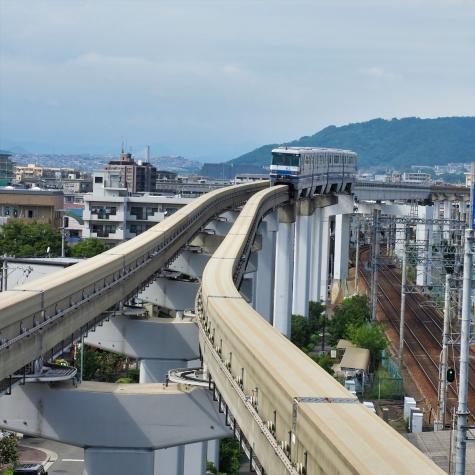 大阪モノレール 1000系 電車【蛍池駅】