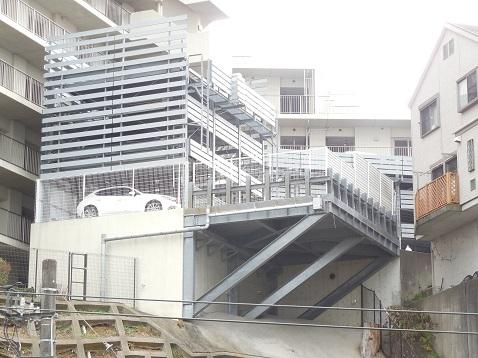 斜面の家々@横浜市磯子区c