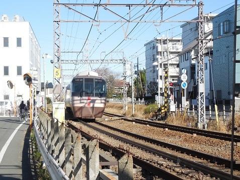 小田急江ノ島線の長後5号踏切@藤沢市f