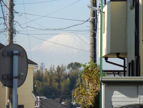 小田急江ノ島線の高座渋谷11号踏切@藤沢市b