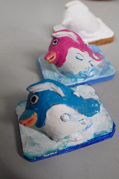 アクリル石膏ペンギン水泳
