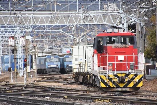 2020年2月16日撮影 東線貨物2083レ HD300-9号機から陽炎