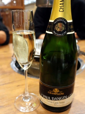 20191129AMAPO_champagne.jpg
