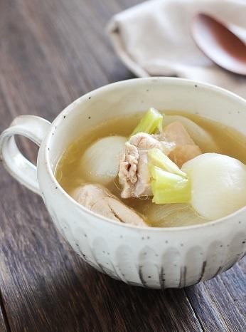 鶏とかぶの昆布スープ煮