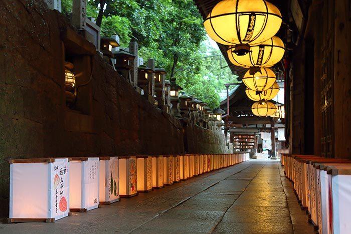 東大寺二月堂 十七夜盆踊り1