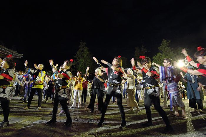 東大寺二月堂 十七夜盆踊り4