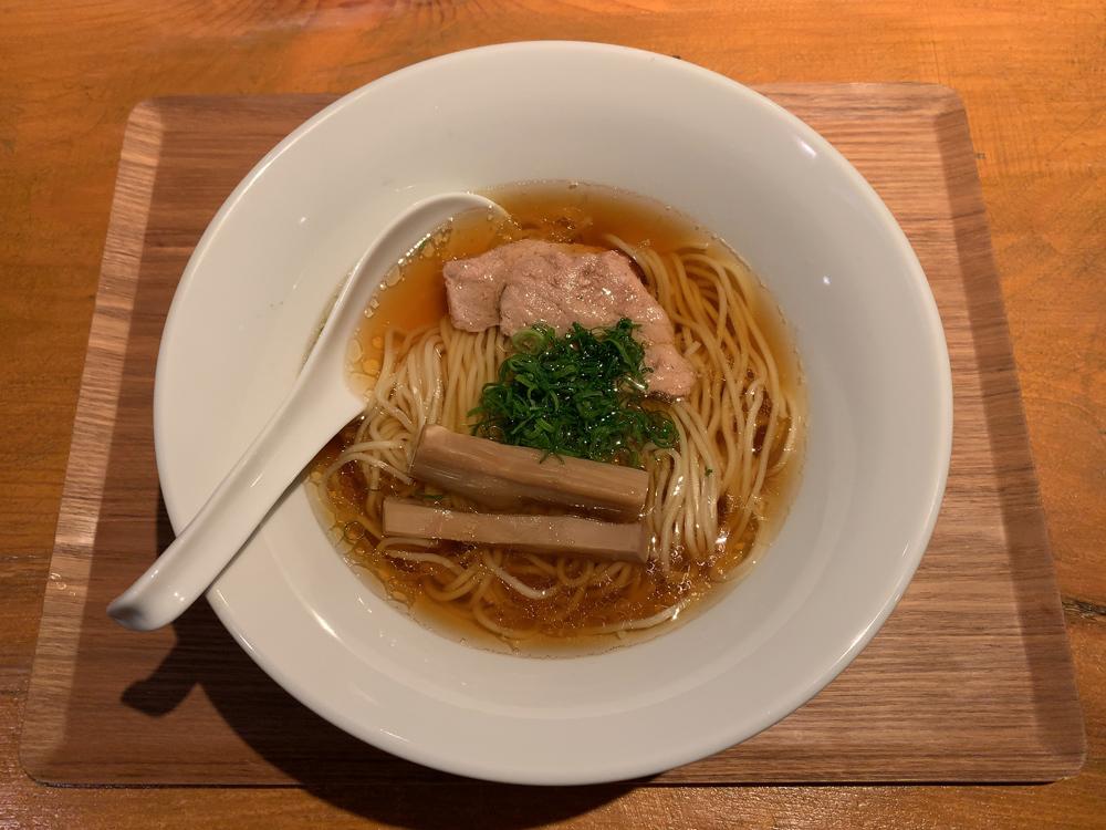 麺 波と雲 -- 10層天然だしの煮切り醤油ラーメン 奥出雲(黒醤油)