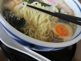 ぐゎらん洞 ワンタンソバ 麺スープ