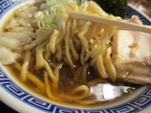 八ちゃんラーメン 中華ソバ並 麺スープ