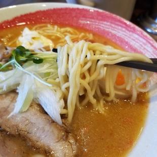 吉相県庁前 海老味噌ラーメン 麺スープ