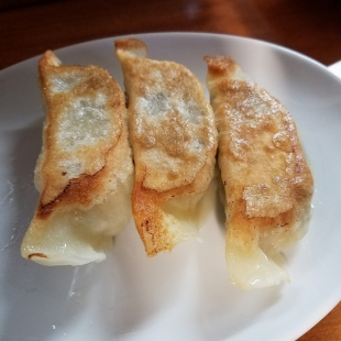 海燕 餃子