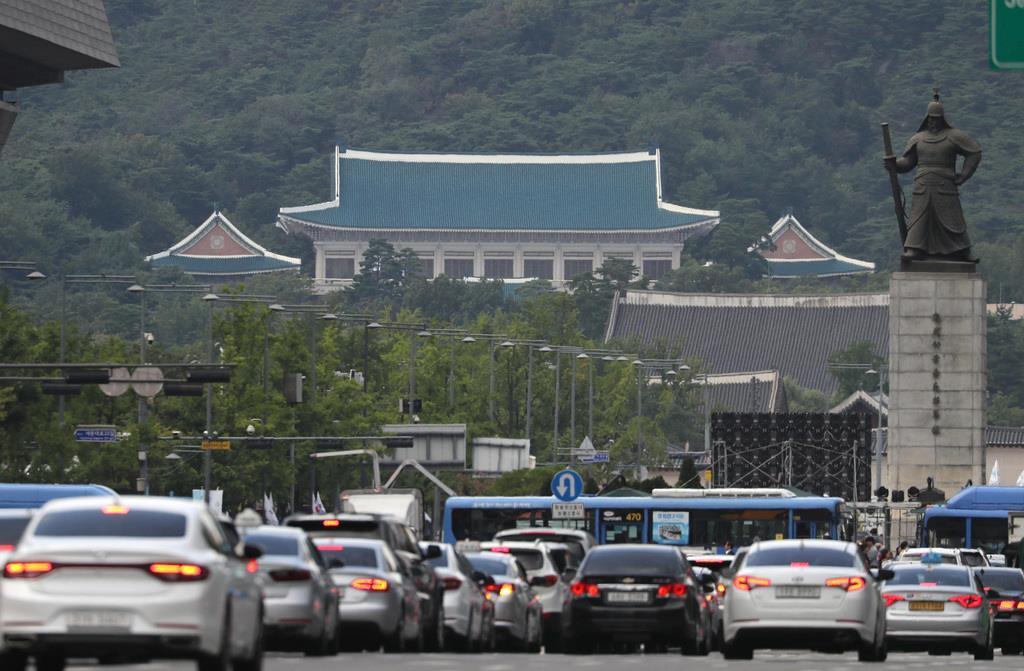 clm1911160005-p1_韓国の大統領官邸(ソウル支局撮影)