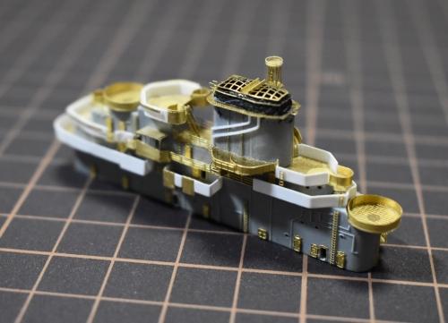米航空母艦 バンカーヒル 艦橋製作中(1945年2~3月頃)ETohU7rUYAAto2h◆模型製作工房 聖蹟