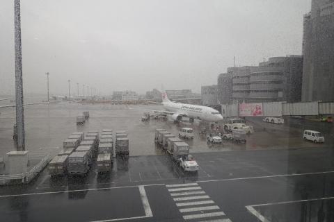 小松行き飛行機
