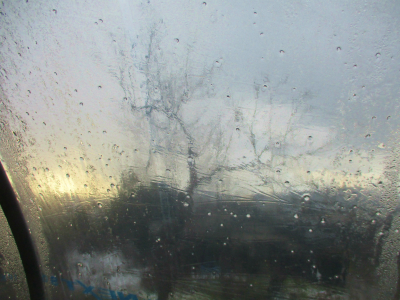 200208霰混じりの雨