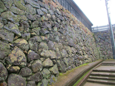 200216二の丸石垣3