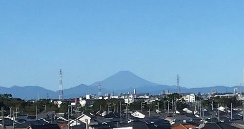 体風一過富士