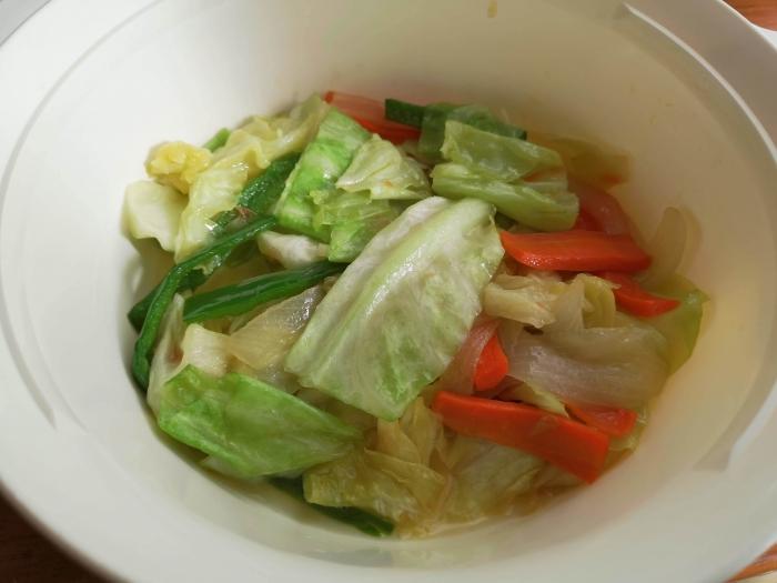 ヘルパーに作ってもらった野菜炒め