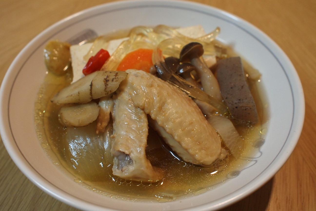 トリ手羽肉豆腐!