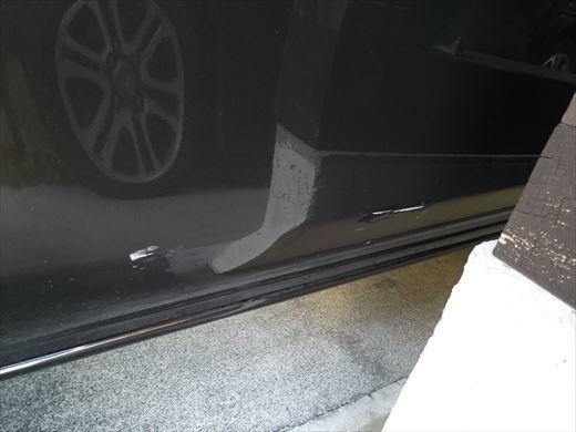 車の傷 (3)