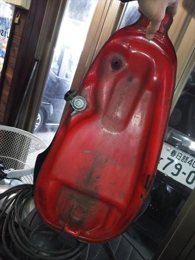 オイル漏れ? (10)