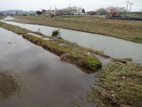 台風19号による被害状況 調査 18日 栃木市02