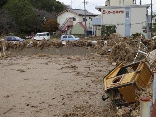 台風19号による被害状況 調査 18日 栃木市08