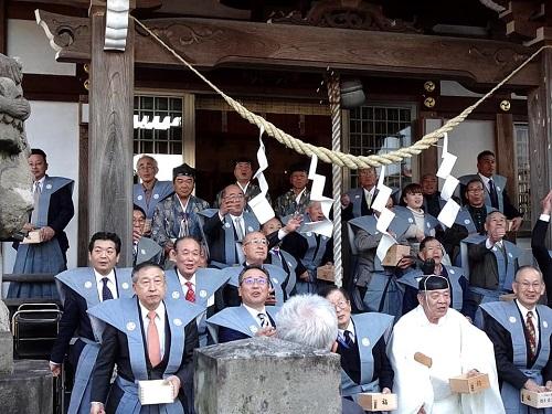 今泉 八坂神社<節分祭>追儺式・福撒き!②