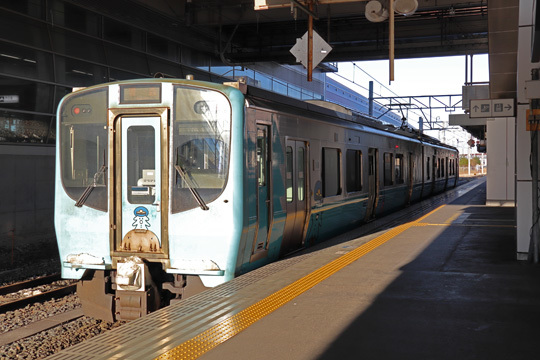 青い森鉄道703系@八戸駅
