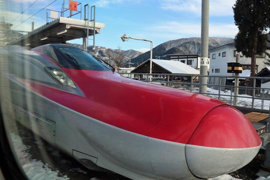 こまちの列車交換@田沢湖駅