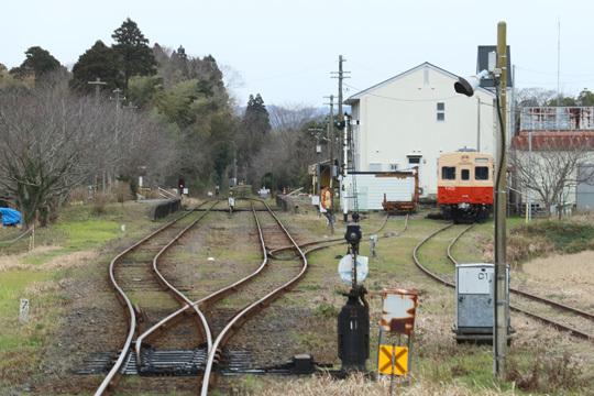 国吉駅とキハ30