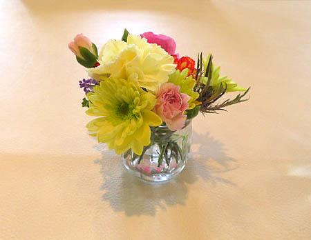 0322テ-ブルのお花