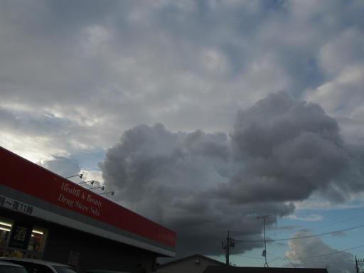 20190908・台風前の空23