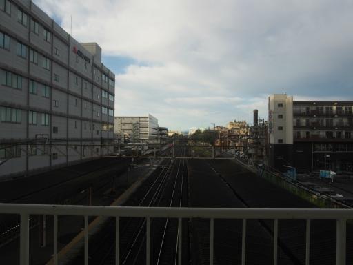 20191026・日光旅行空1-06・南大塚駅から富士山・大