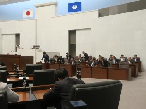 「代表質問・議員会・正副委員長会議・大井川知事を励ます会」②