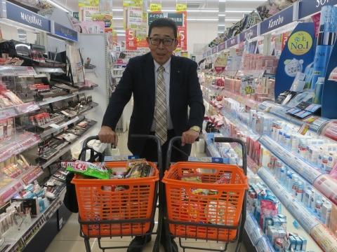 「台風対策の為にお買い物に行きました。」④_R