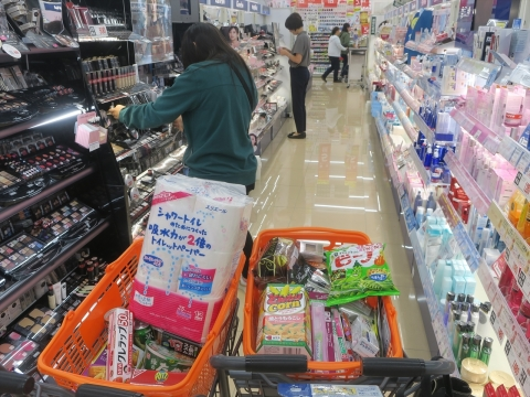 「台風対策の為にお買い物に行きました。」③_R1_R