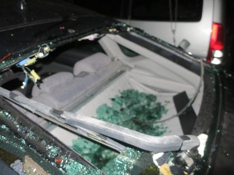 「台風19号被害。鯉のぼり竿が車3台を直撃しました。」① (14)_R