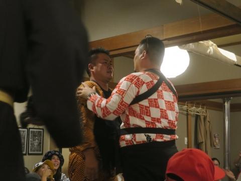 「飛鳳會 會長代替わり襲名披露&笠抜き」 (26)