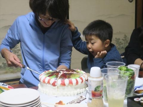 「戸井田和之55歳!サプライズバースデーパーティー。」 (15)_R