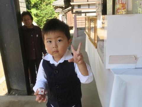「戸井田 岳くん。お宮参り」 (8)_R