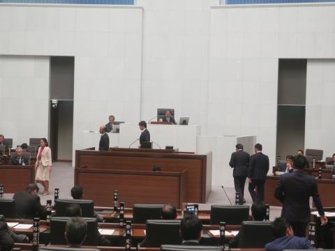 「茨城県議会第4回定例会にて委員長報告・条例制定」⑤