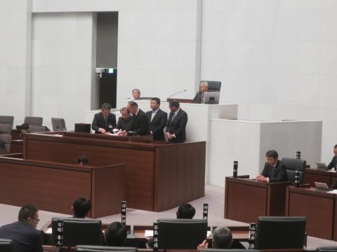「茨城県議会第4回定例会にて委員長報告・条例制定」⑦