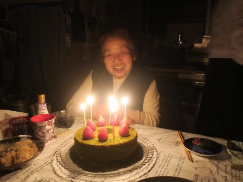 「母、朋子の84歳の誕生日」①_R