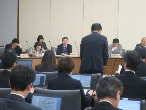 「総務企画委員会」の主要事業説明会が開催されました。①