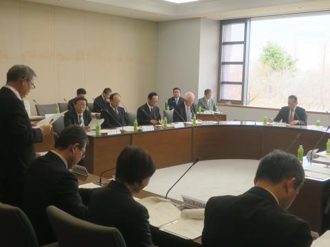 「議会運営委員会」質問&記念撮影③