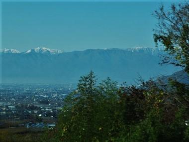 3南アルプスの山並み1130