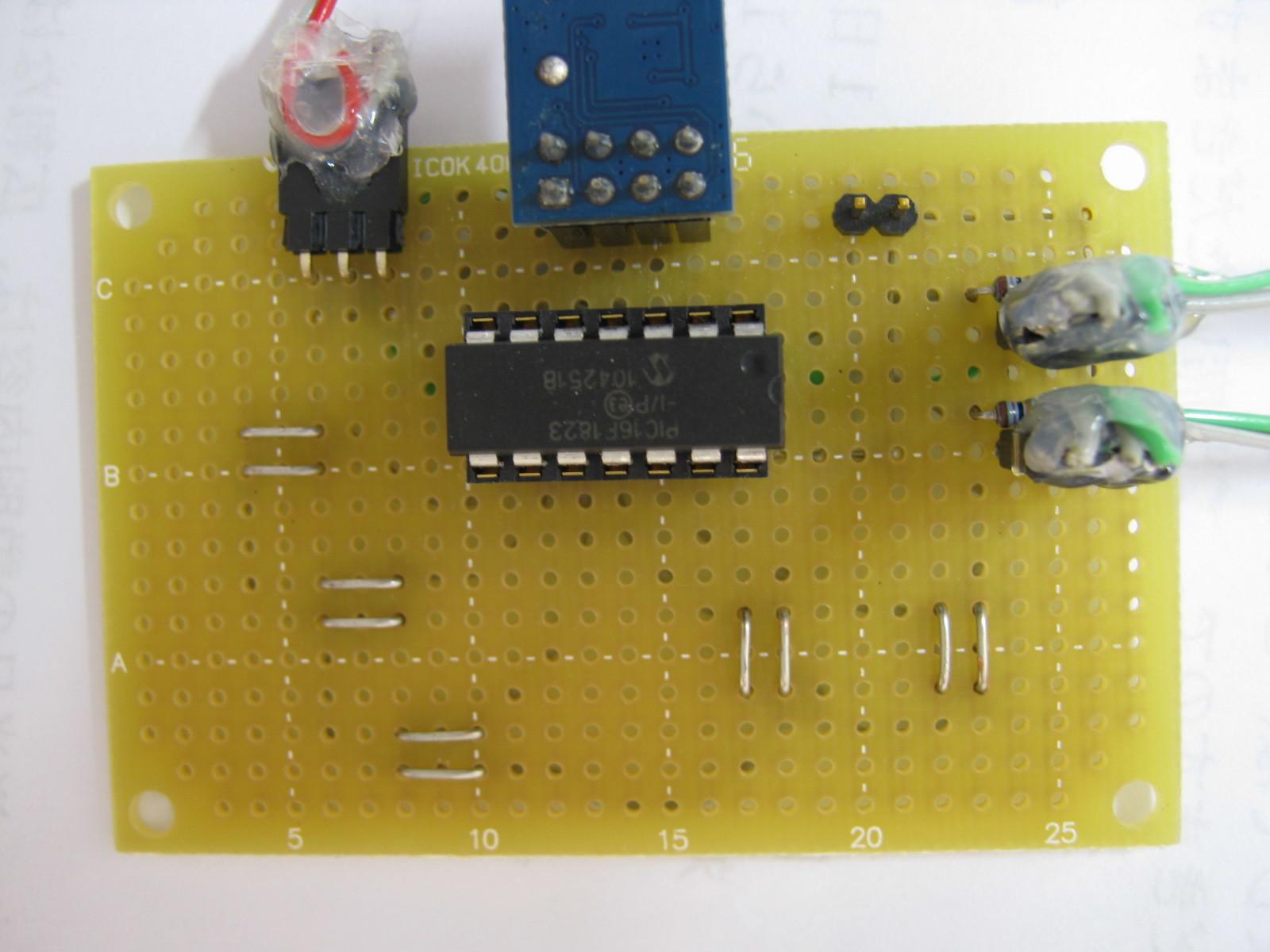 2.4GHzラジコン用ファームウェアの改善(タッチSW)基板1