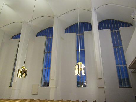 ラケウデンリスティ窓